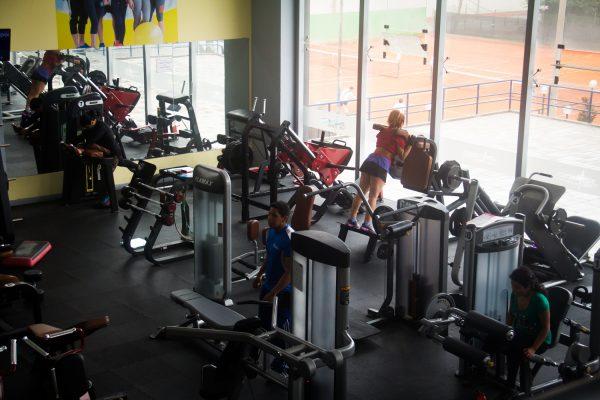 gimnasion-gym-club-lawn-tennis-2