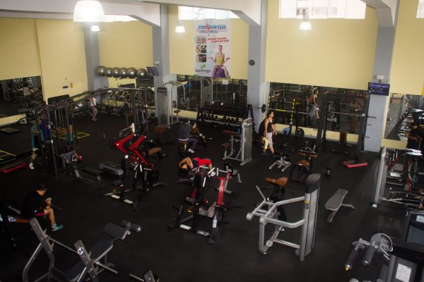 gimnasion-gym-club-lawn-tennis-4