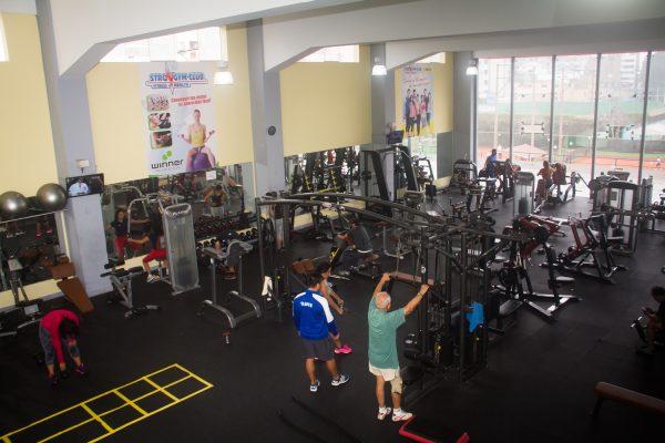 gimnasion-gym-club-lawn-tennis